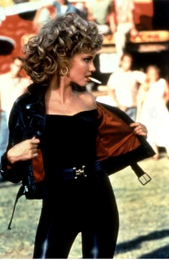 Olivia-Newton-John-Grease-01
