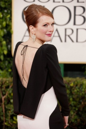 BEVERLY HILLS, CA - JANUARY 13:  Actress Julianne Moore arrives at the 70th Annual Golden Globe Awards held at The Beverly Hilton Hotel on January 13, 2013 in Beverly Hills, California.  (Photo by Jeff Vespa/WireImage)